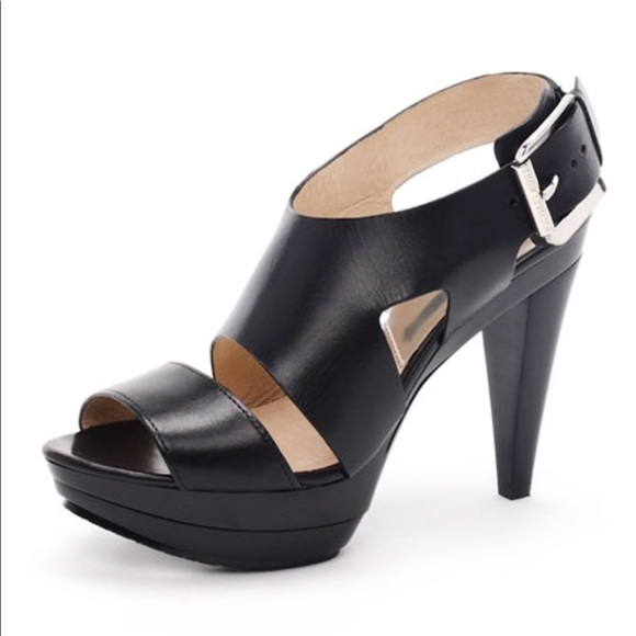 995f7956a72 Michael Kors Carla Platform Sandal. M 5ac923a645b30cd62a4c04e1